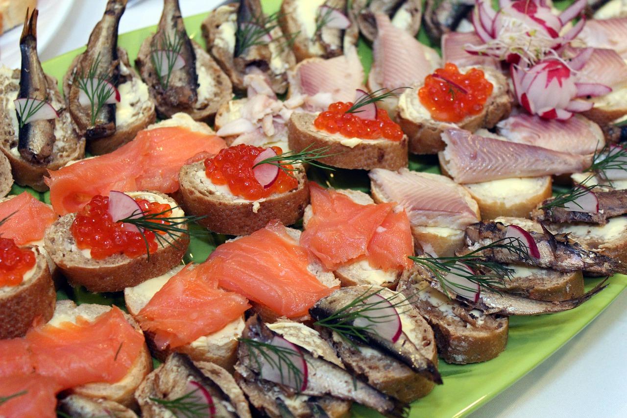 buffet-743688_1280.jpg